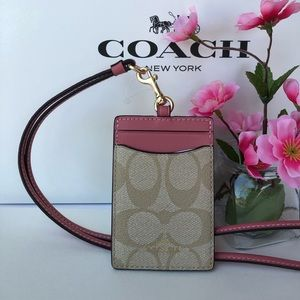 ✅❤️❎ Coach Lanyard ID Holder in Signature F63274